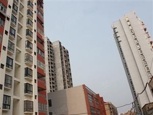 市府花园小高层10楼精装3室126平方92万随时看房