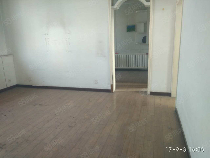 人大家属院两居室临街房好地段急售