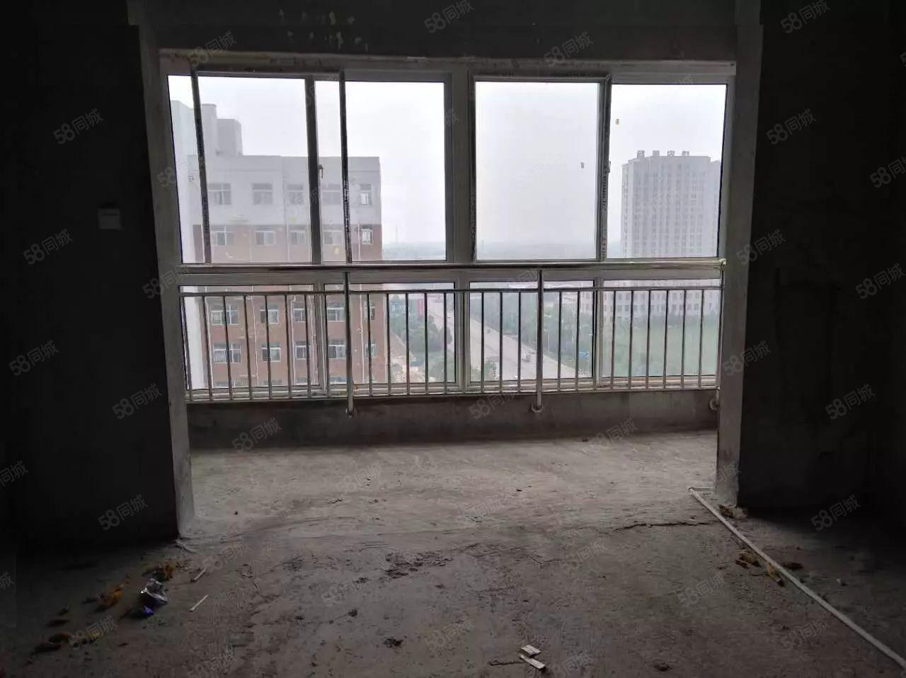 巨野县凯旋新城,3室1厅,有储藏室出售,