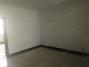 牡丹花苑低楼层三室送连个储藏室急售