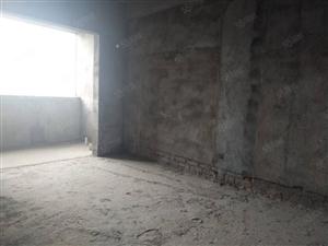 莲花湖畔南北通透电梯高层毛坯3房售1.3万/平方