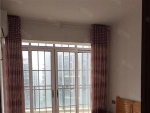 城中央精装3是双卫卧室3个空调