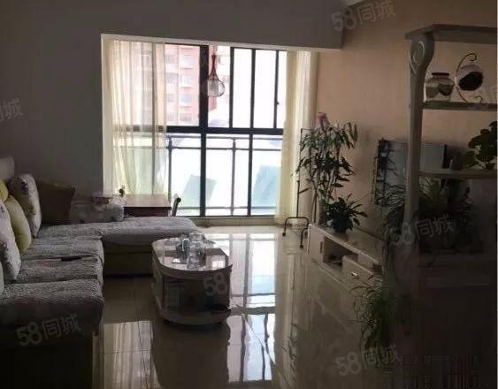 万裕润园3室2厅2卫带家具家电澳门金沙平台。