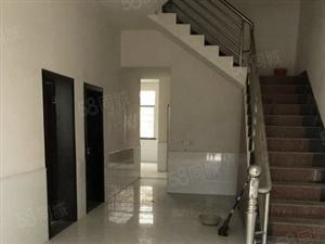 阳由社区5号路附近私房2间2层精装修,只售35万
