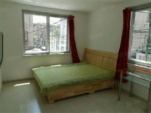 安和里1室精装地暖家具家电齐全包取暖