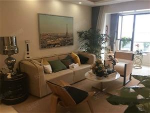 名典公寓丨精装两房丨拎包入住丨房东换房丨诚心出售丨价钱可以谈