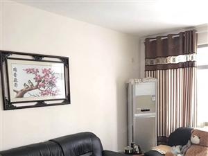 金光丽园精装修小套三满五年唯一房东急售带地下车位价格可议