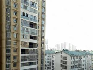 鄂高正对面南国名门,中间楼层采光好,正规商品房,单价才六千。