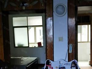沃尔玛对面富丽公寓顶楼做好隔热吉房诚心出售