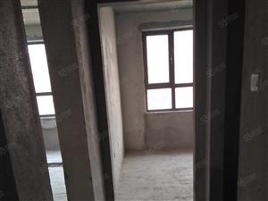 铂金豪庭两室一厅,楼房出售。