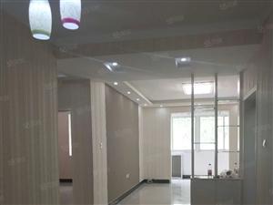 邮政小区多层中装三室两厅带配房南北通透有证可按揭
