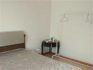 海信东山郡套二房出租,家具家电齐全