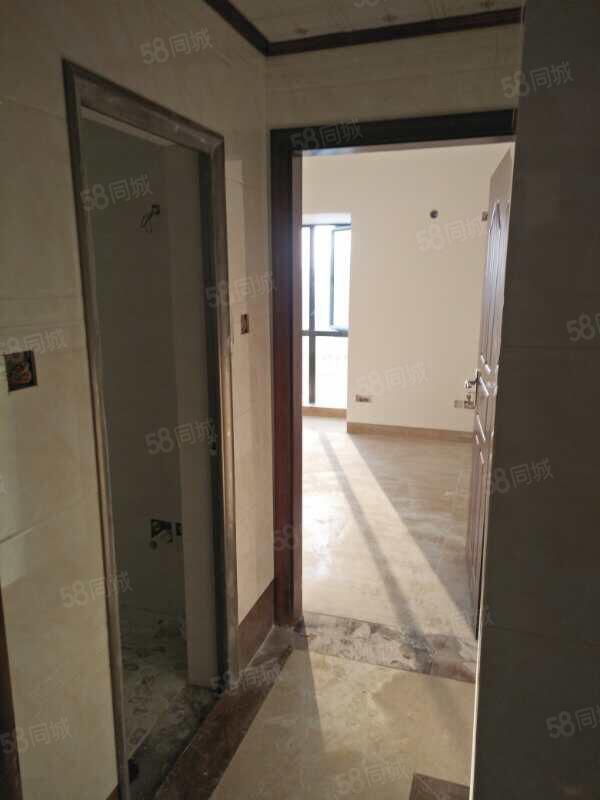 亲戚屋,京源上景全新装修小三房,需一次性