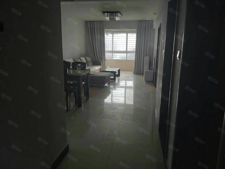 神火城市雅苑精装两室两厅,户型完美。房子特别干净。仅此一套