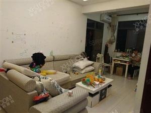 龙昆南路省妇幼旁宜家广场精装2房1厅拎包入住2800/月