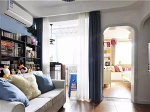 (中廷广场)1室40平,挑高客厅宽敞大气,卧室搭配的很新
