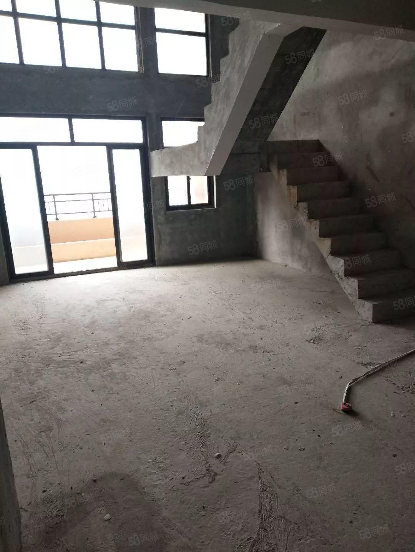 大量出售,半山逸城B区楼中楼,独栋平层有需要的可联系可公积金