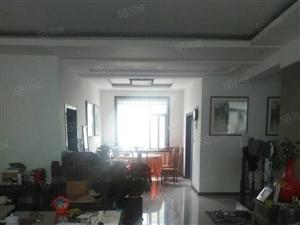 红盾小区1楼158平带大车库精装修报价148万