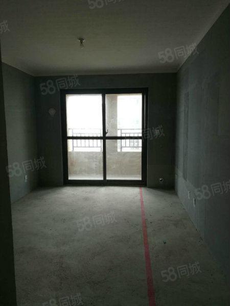 大降价!观澜国际顶楼复式,3室2厅2卫送楼顶花园!仅此一套