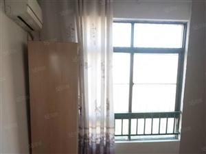 家具家电齐全,拎包即住,有空调和电梯