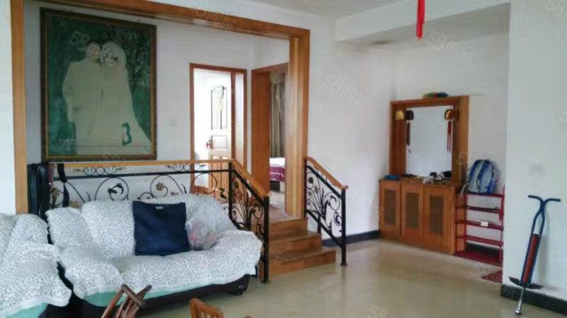一桥附近3室2厅跃层式只卖呆萌的价格仅需26万