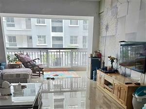 龙湖二期4楼住房出售中装修带车位