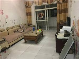和平小区,三室一厅,家具家电齐全,拎包入住,三张床,价格可议
