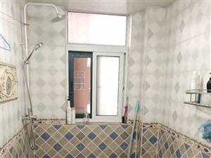 书香门第婚房精装,大两房家具家电齐全随时可以看房子