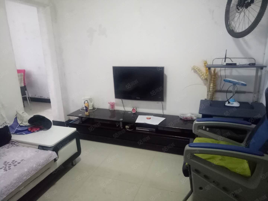 西山林语旁东光家属2房2厅90平方带家具家电1000每月