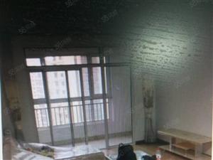 九龙社区:高层精装全新家具、电视冰箱、洗衣机热水器油烟机齐全