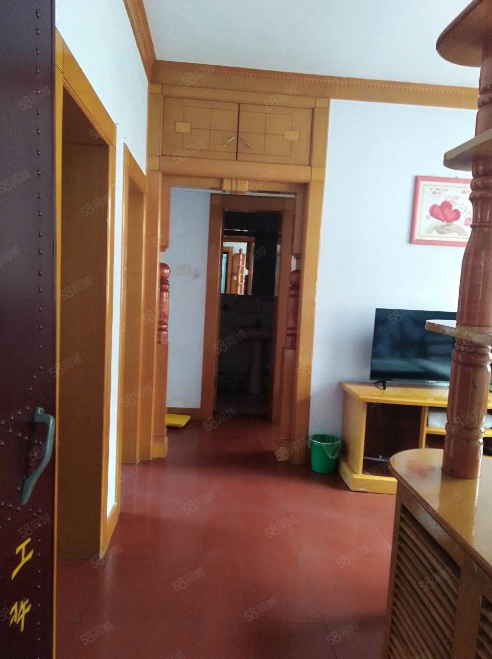 2814西顺河街税局家属院两室精装暖气学校房