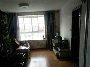 苏州苑小区6楼3室2厅150平方米家具家电暖气装修1600元