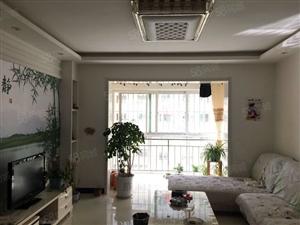 急售龙湾半岛三室两厅两卫精装修对外出售!