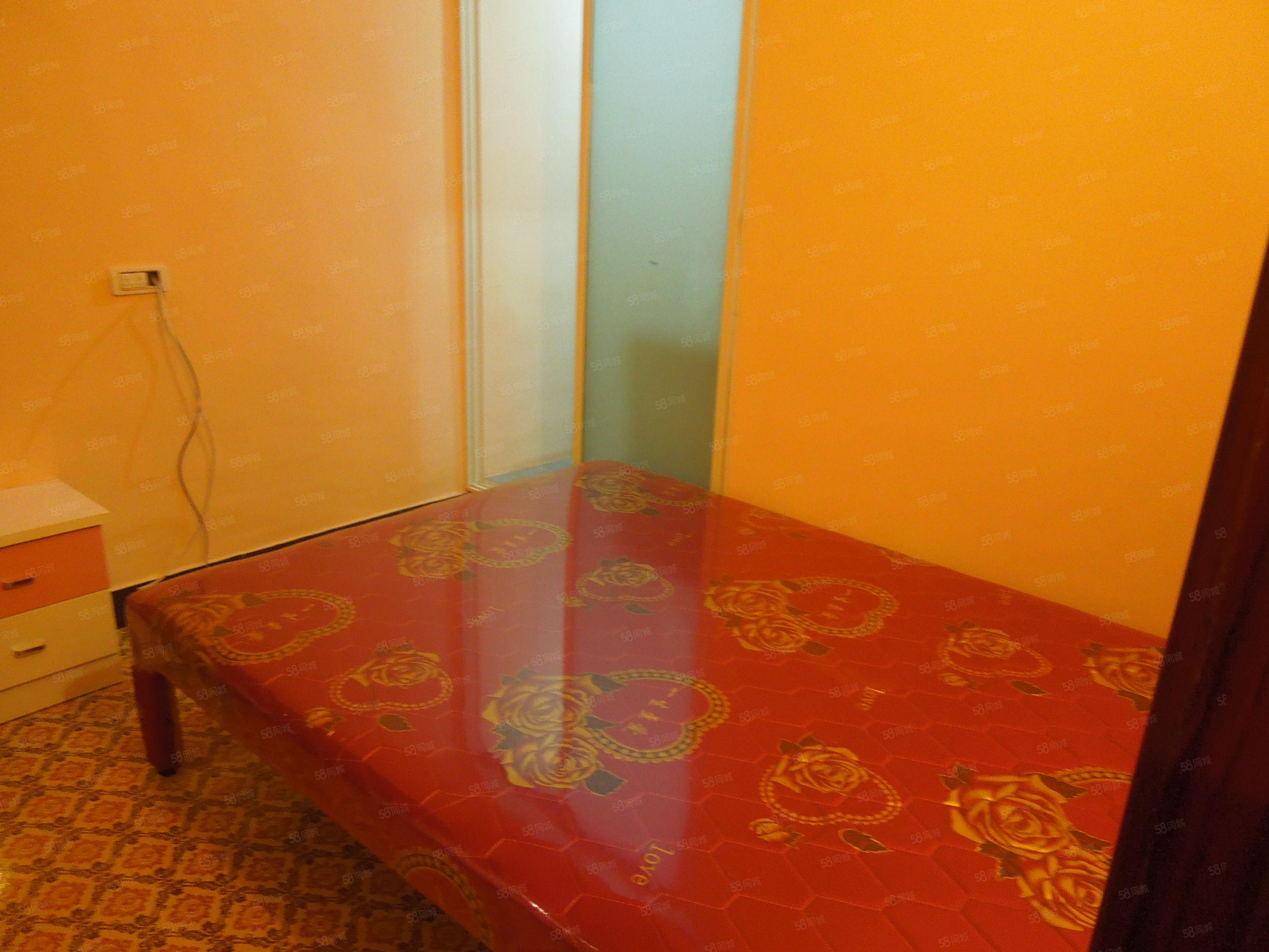 金滩小区超值便宜公寓房,租金才700,还能短租押一付一呢!