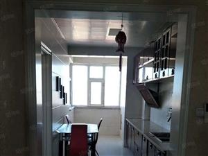 电梯楼两室一厅精装修拎包入住诚意出售