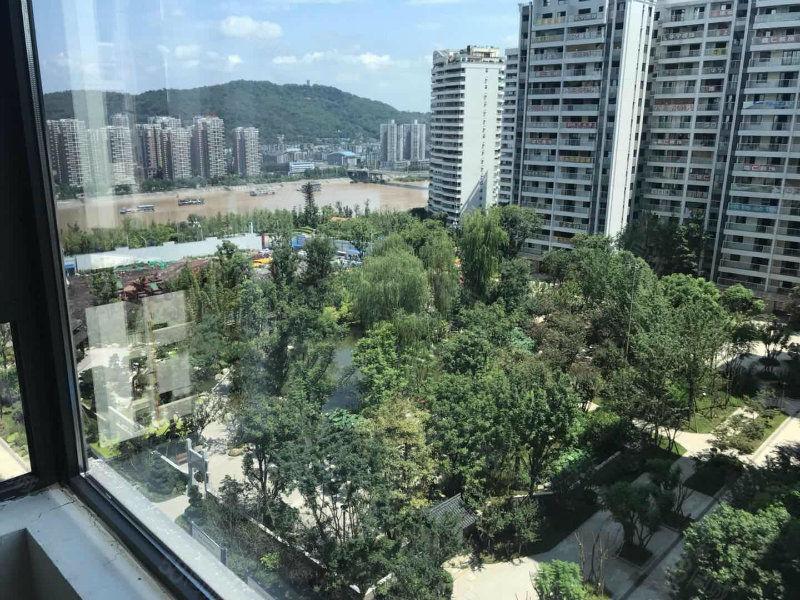 锦绣龙城半装修大三房可按揭,首付70万低于市场价10万