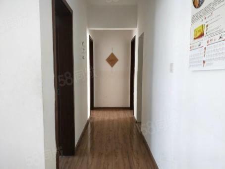 淘宝街旁精装三室带全套家具家电澳门金沙平台