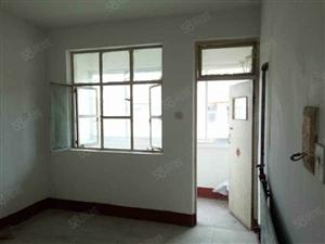 紫薇社区!3室1厅,4层,家具齐全,400元!有钥匙