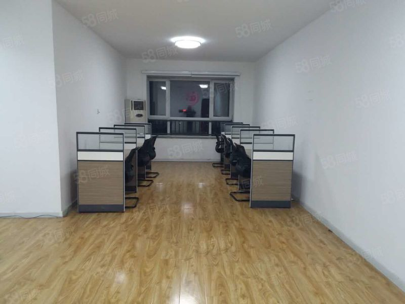 盛泰广场3室125平米精装修1550元可办公居住