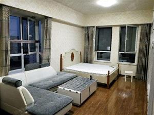 豪华住宅公寓东向9楼不限购可免一大部分税看房方便!