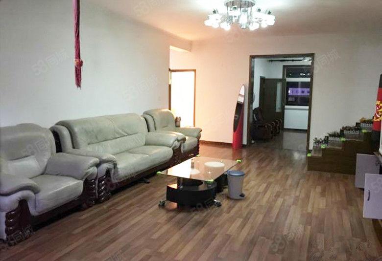 望海花园6楼不顶,简单装修,半越,无大税可贷款,带家电家具