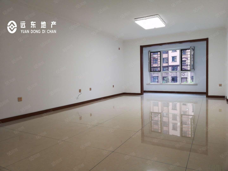 急售首创象墅2楼,144平,4室2厅2卫,2衣帽间