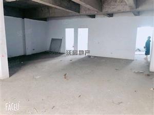 批发城,金龙大厦高一楼,150平米,三室两厅,有储,毛坯,