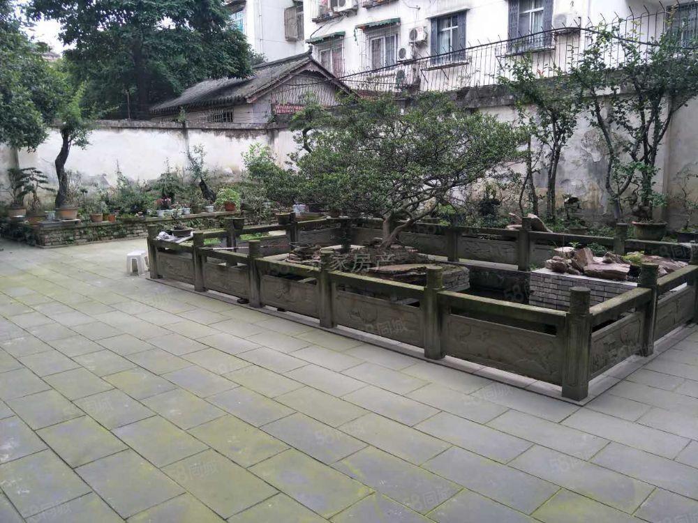 欣星源,一楼,200平超大花园,私家车都能随便停!