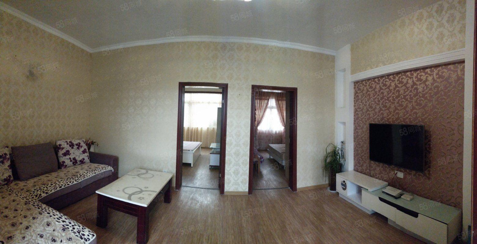 二小附近,两室两厅一卫,家具家电齐全拎包入住。