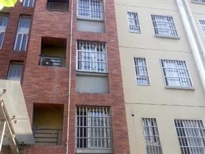 振兴中路市委宿舍2楼精装修婚房2室一厅79平方米水电煤暖