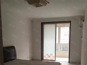 中天新郡房屋出租经典大三居家具家电齐全拎包入住。
