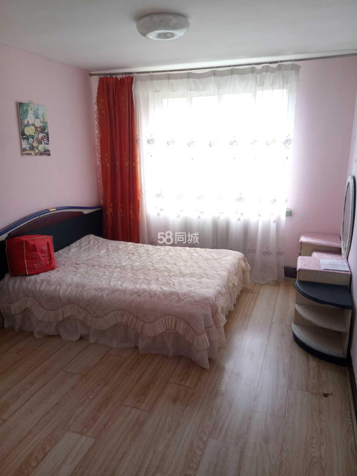 乐安里带洗衣机热水器可季度租3层1室1厅1卫