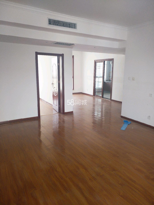 第一大道4室2厅2卫