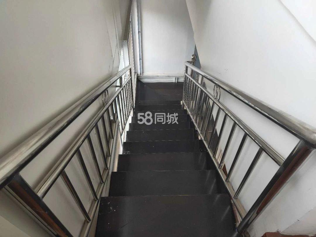 玉溪建筑设计院4室2厅1卫